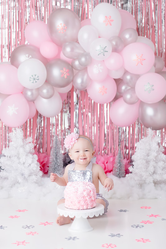 first year smash cake pink girl photograph Jennifer Wagner Photography St. Louis Missouri
